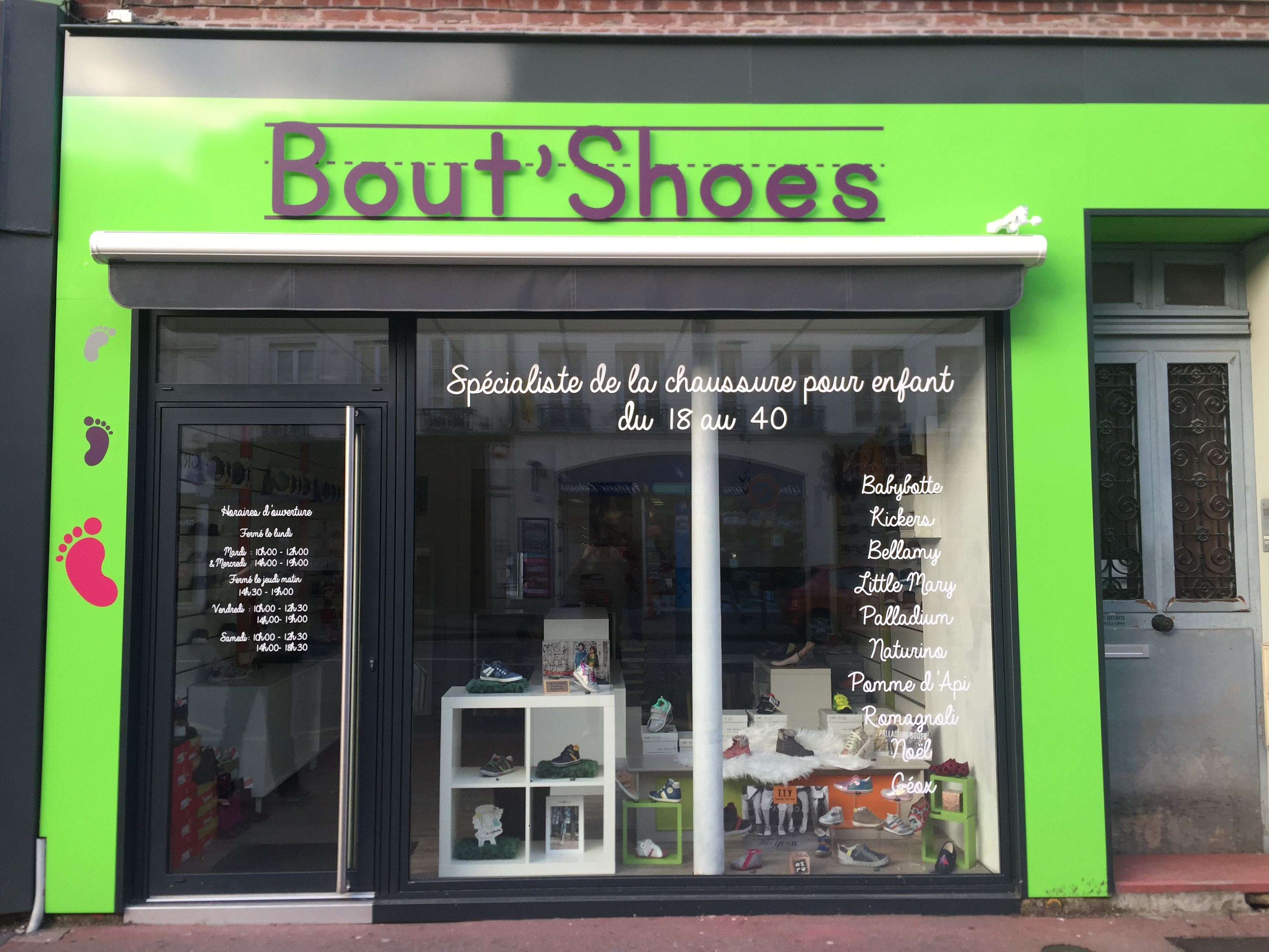 Facade de magasin de chaussures BOUT SHOES - Elbeuf