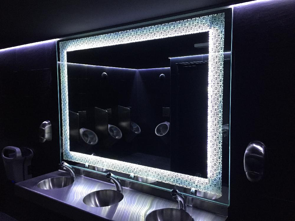 Miroirs au SO Lounge club à Rouen