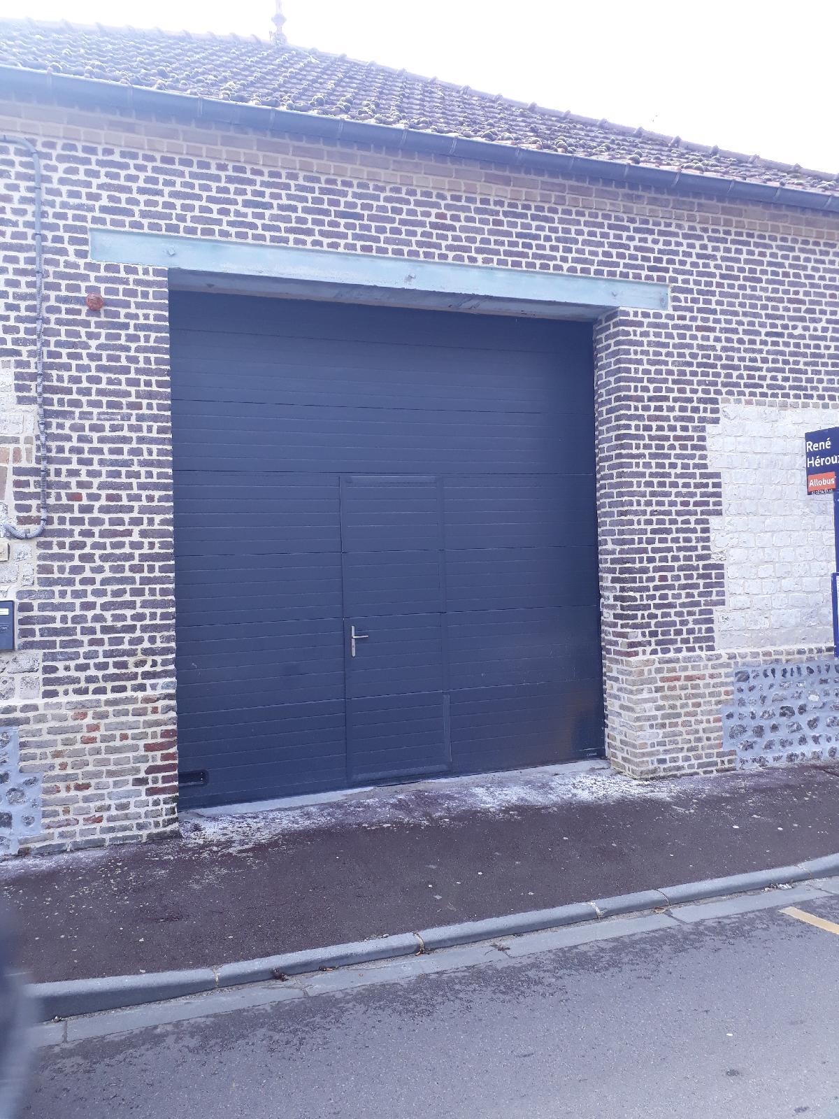 changement d 39 une grande porte de garage st aubin l s elbeuf. Black Bedroom Furniture Sets. Home Design Ideas