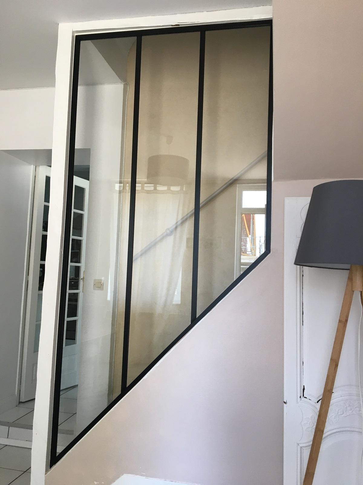 Projet de sécurisation d'un escalier avec châssis vitré