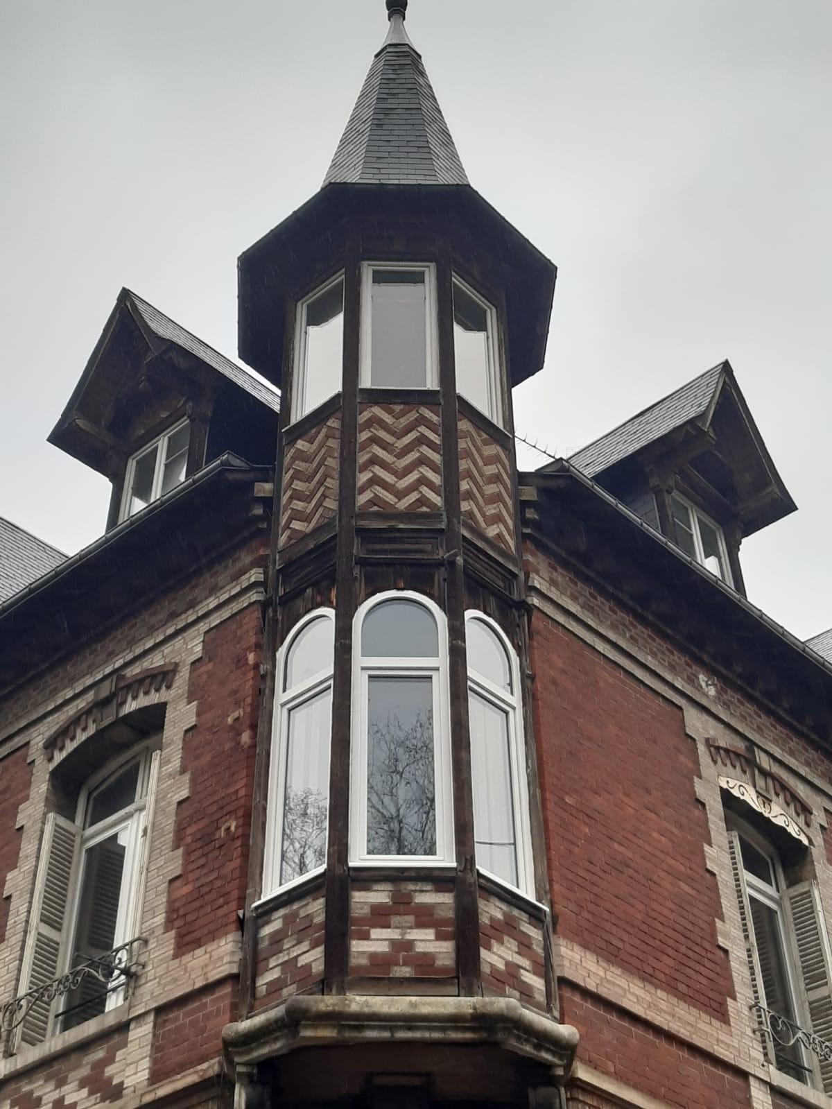 Remplacement de fenêtres anciennes cintrées bois