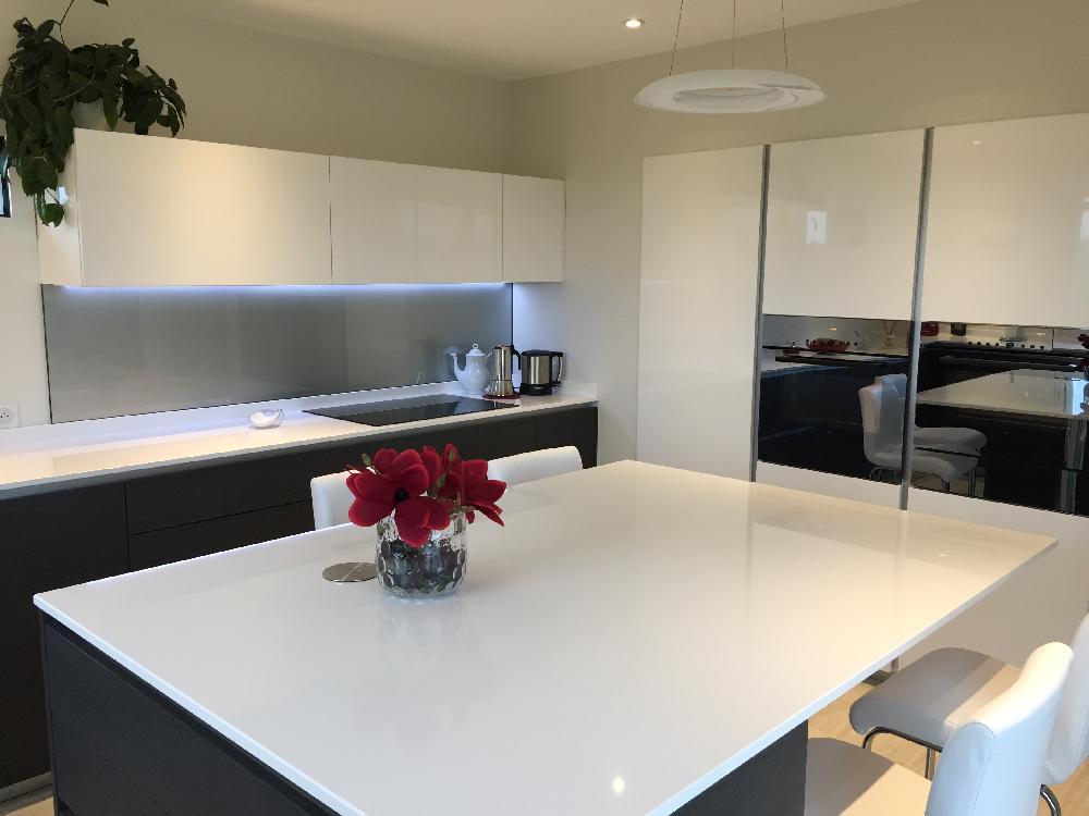 Cr dence de cuisine miroiterie uni verre - Protege mur cuisine ...