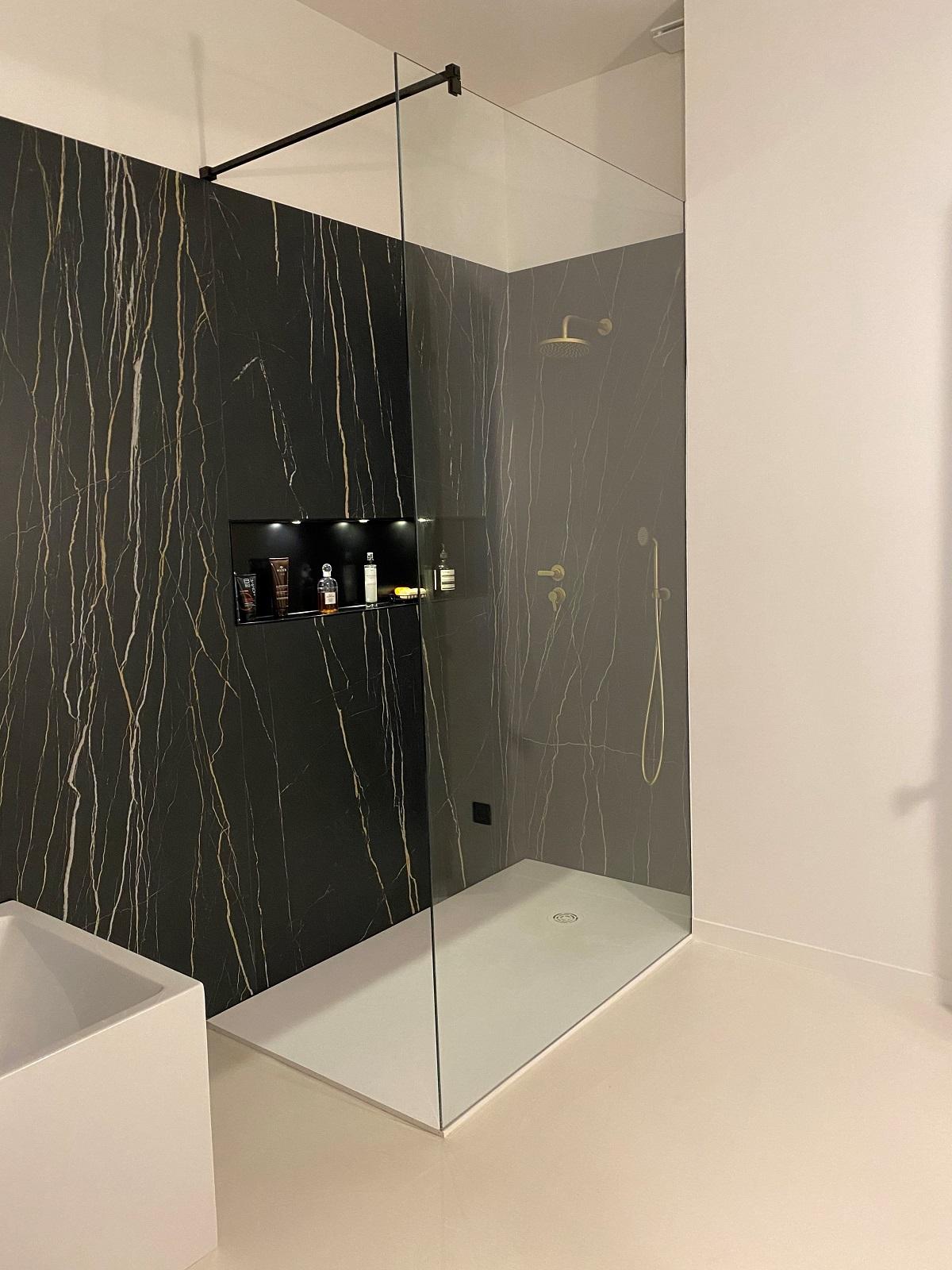 Paroi de douche sur mesure invisible à La Londe