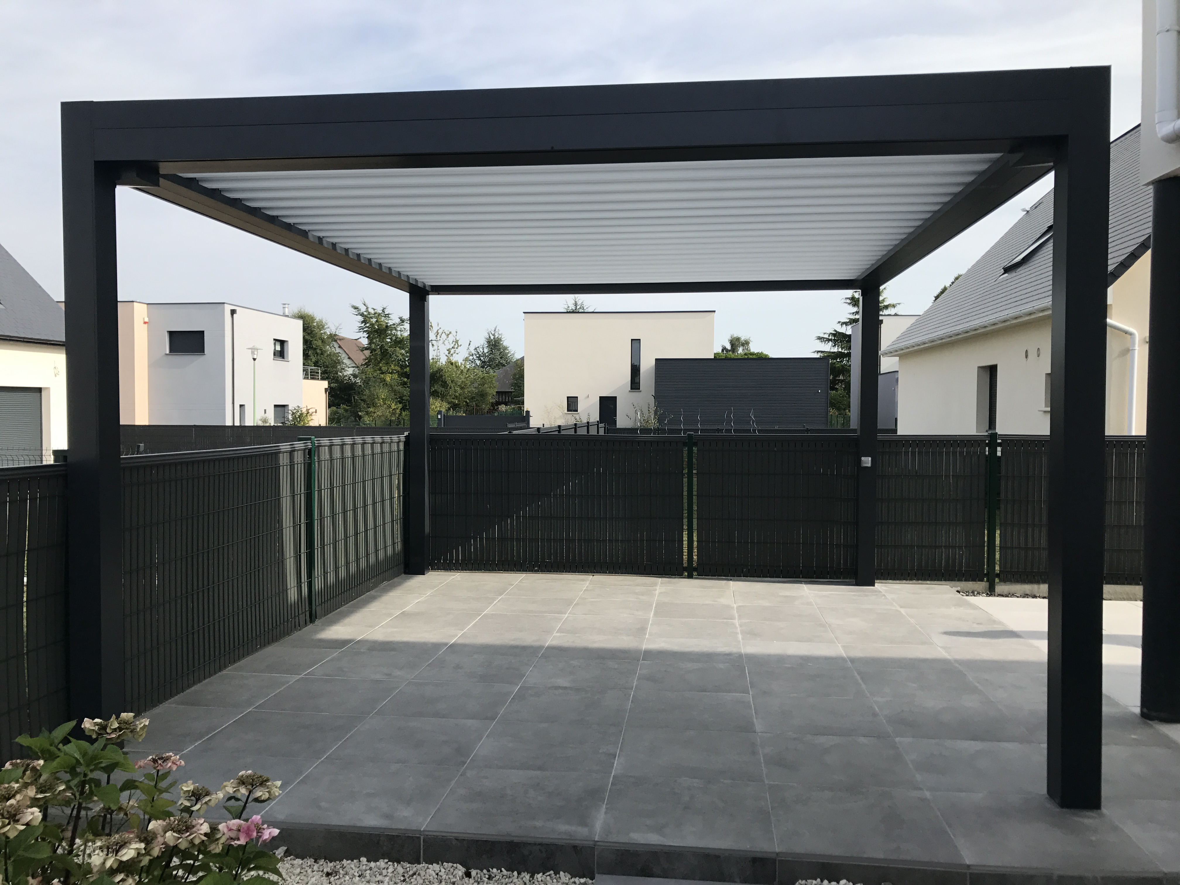 Installation pergola bio-climatique près de Rouen