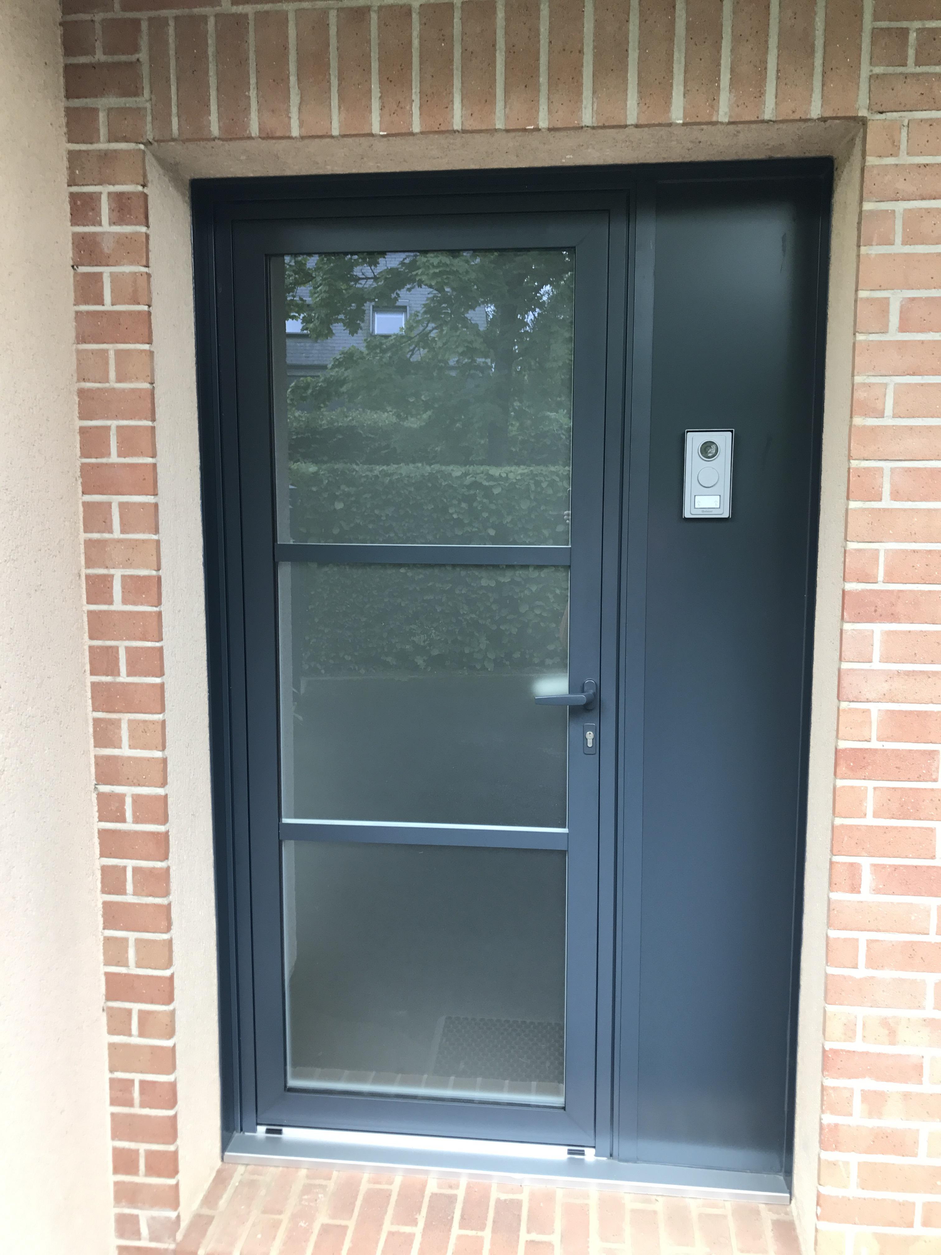 porte entree gris anthracite finest porte grise anthracite style duentree with porte entree. Black Bedroom Furniture Sets. Home Design Ideas